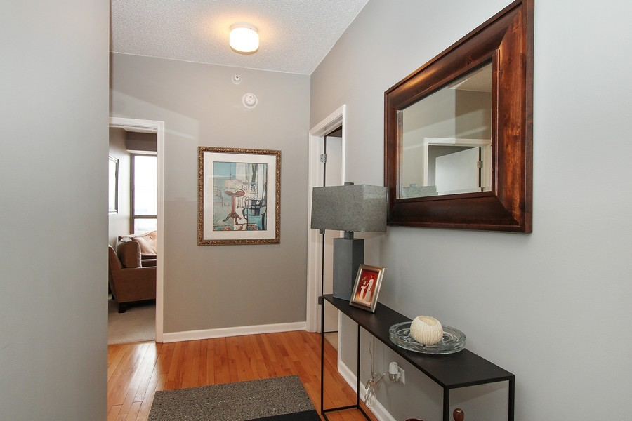Real Estate Photography - 1717 S Prairie, Unit 1910, Chicago, IL, 60616 - Foyer