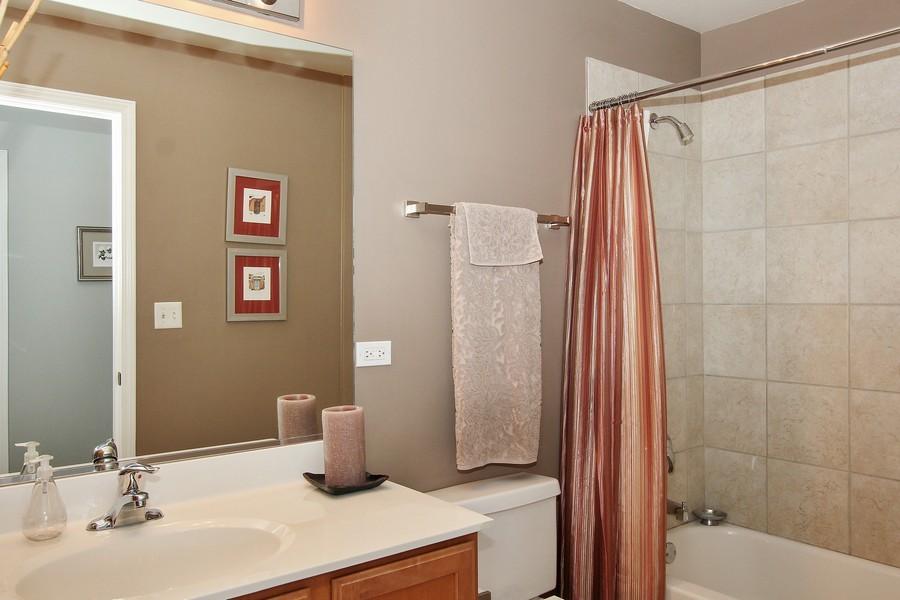 Real Estate Photography - 1717 S Prairie, Unit 1910, Chicago, IL, 60616 - Bathroom