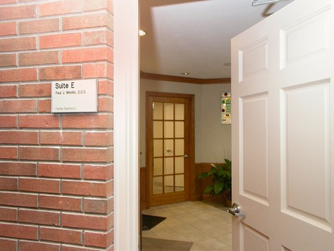 Real Estate Photography - Paul J. Minnillo DDS, Inc.<br>1212 N Abbe Rd, Elyria, OH, 44035 - Entrance