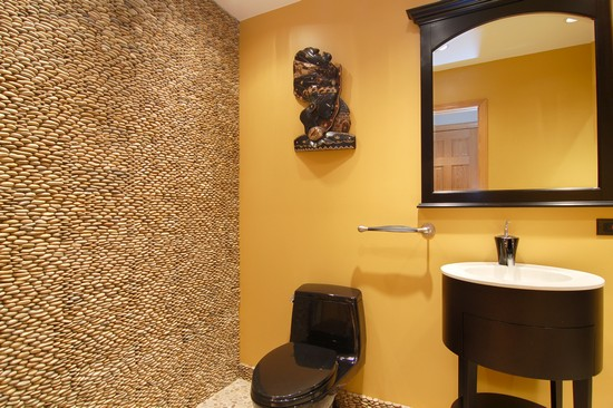 Real Estate Photography - 2109 E 87th, Chicago, IL, 60617 - Bathroom