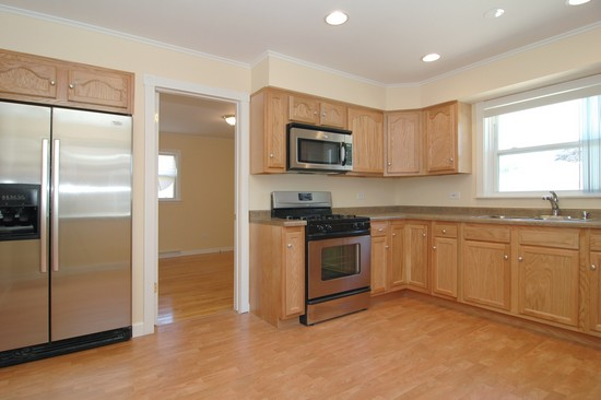 Real Estate Photography - 14319 Kimbark Ave, Dolton, IL, 60419 - Kitchen