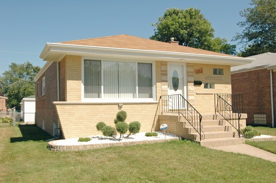 Real Estate Photography - 14319 Kimbark Ave, Dolton, IL, 60419 - Front View