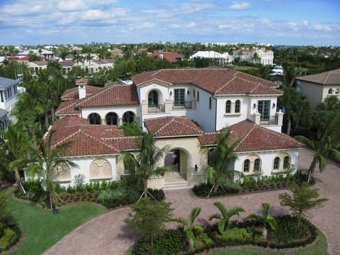 Real Estate Photography - 6976 SE Harbor Cir, Stuart, FL, 34996 - Location 1