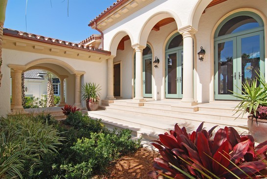 Real Estate Photography - 6976 SE Harbor Cir, Stuart, FL, 34996 - Courtyard