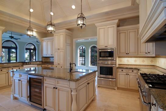 Real Estate Photography - 6976 SE Harbor Cir, Stuart, FL, 34996 - Kitchen