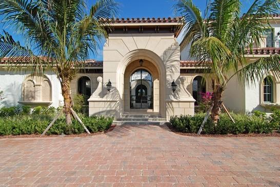 Real Estate Photography - 6976 SE Harbor Cir, Stuart, FL, 34996 - Front View