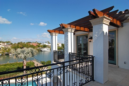 Real Estate Photography - 6976 SE Harbor Cir, Stuart, FL, 34996 - Balcony