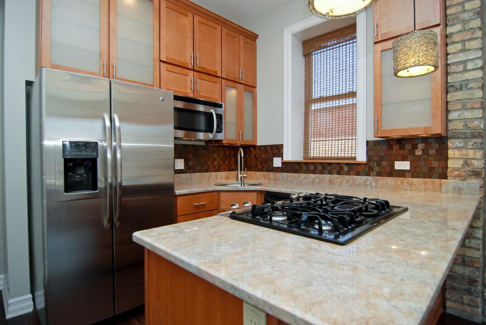 Real Estate Photography - 1744 W Augusta, Chicago, IL, 60622 - Kitchen