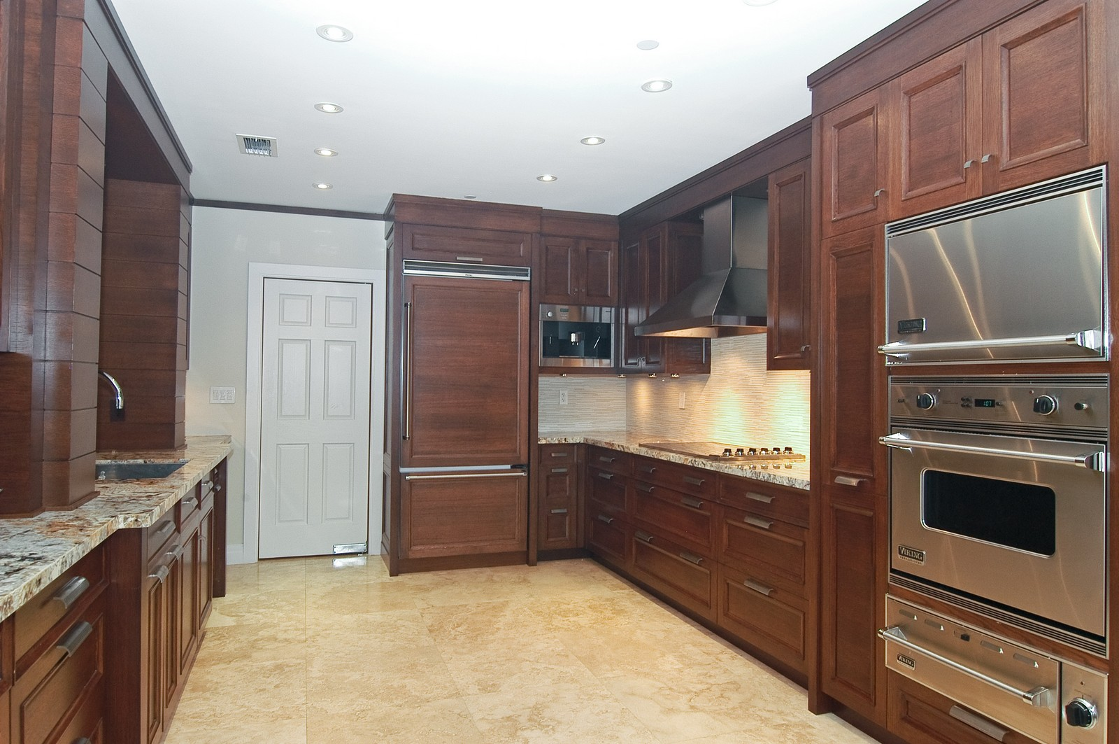 Real Estate Photography - 2331 Fish Island Dr, Fisher Island, FL, 33109 - Kitchen
