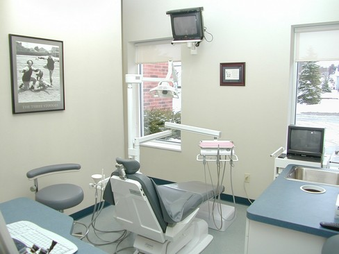 Real Estate Photography - North Coast Family Dental Care Inc., 20886 Drake Road, Strongsville, OH, 44149 - Location 5
