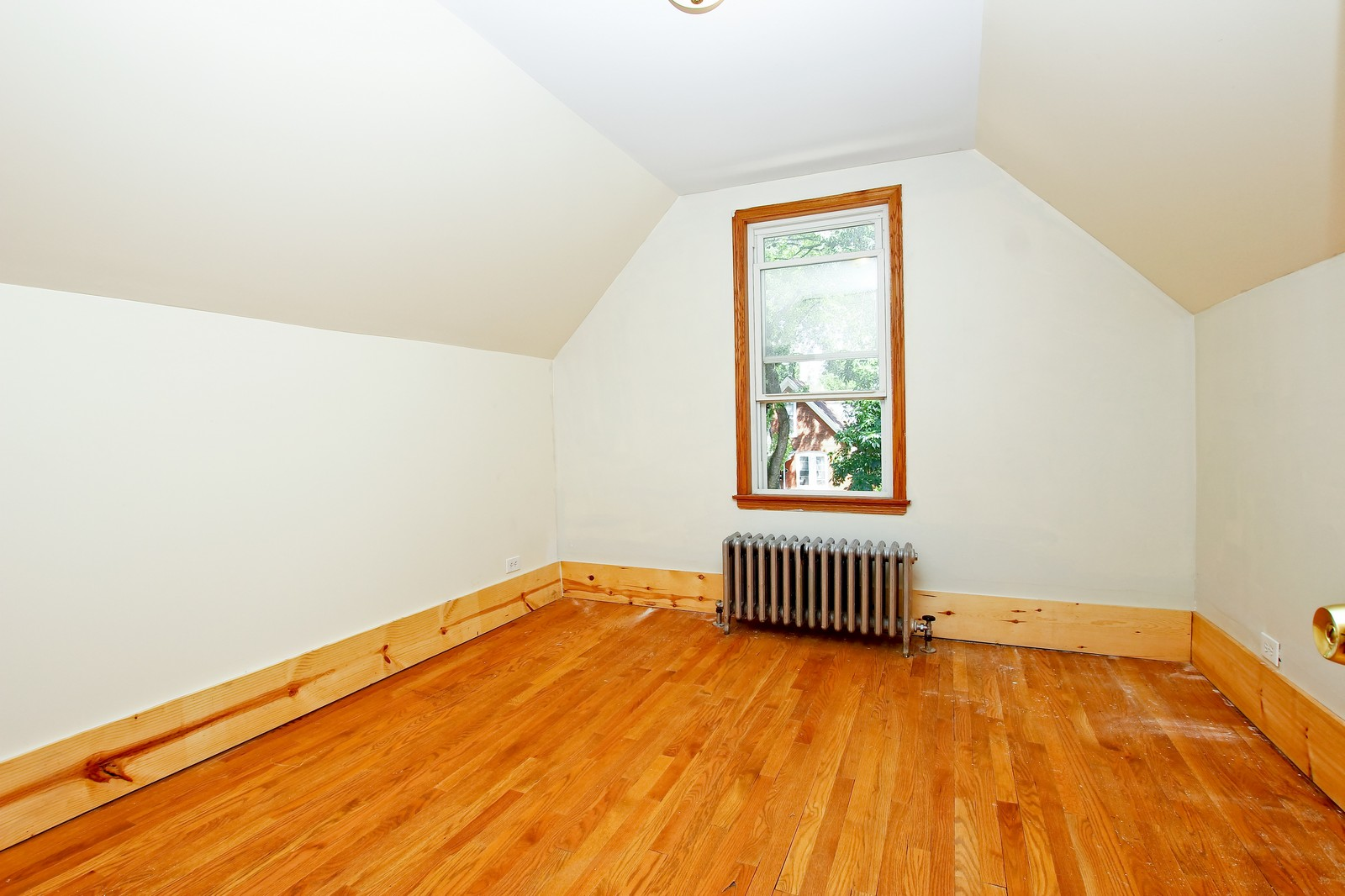 Real Estate Photography - 840 N Drake, Chicago, IL, 60624 - 3rd Bedroom