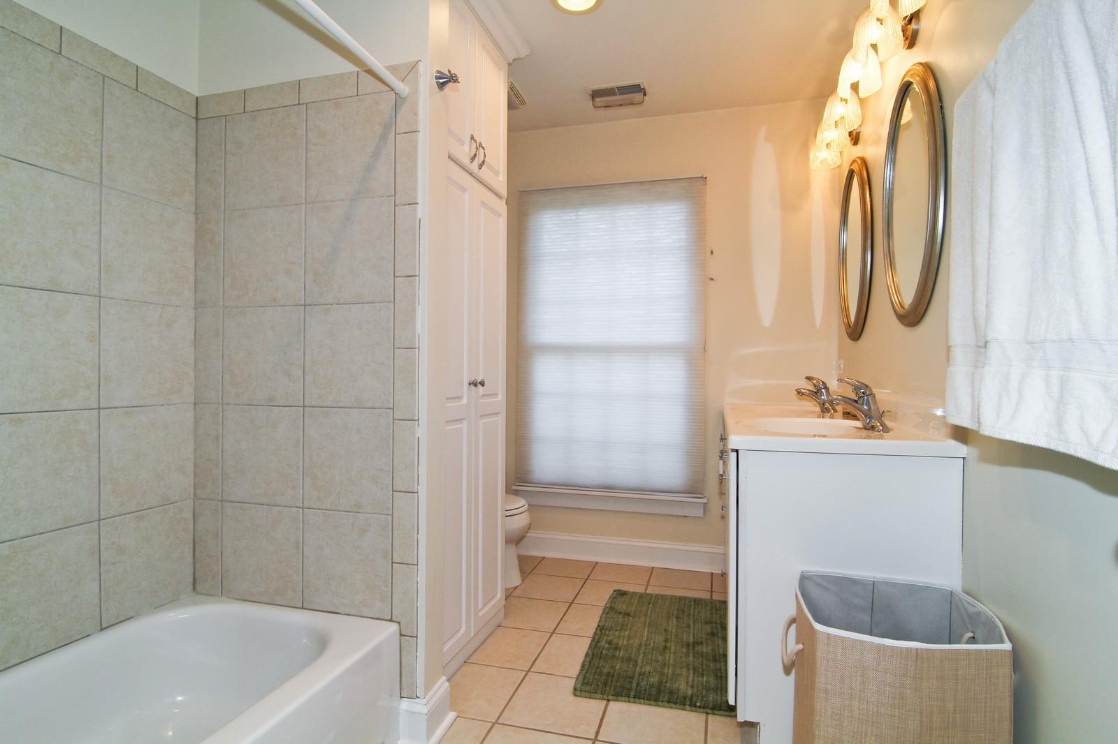 Real Estate Photography - 441 Edgewood Dr, La Grange, IL, 60525 - 3rd Bathroom