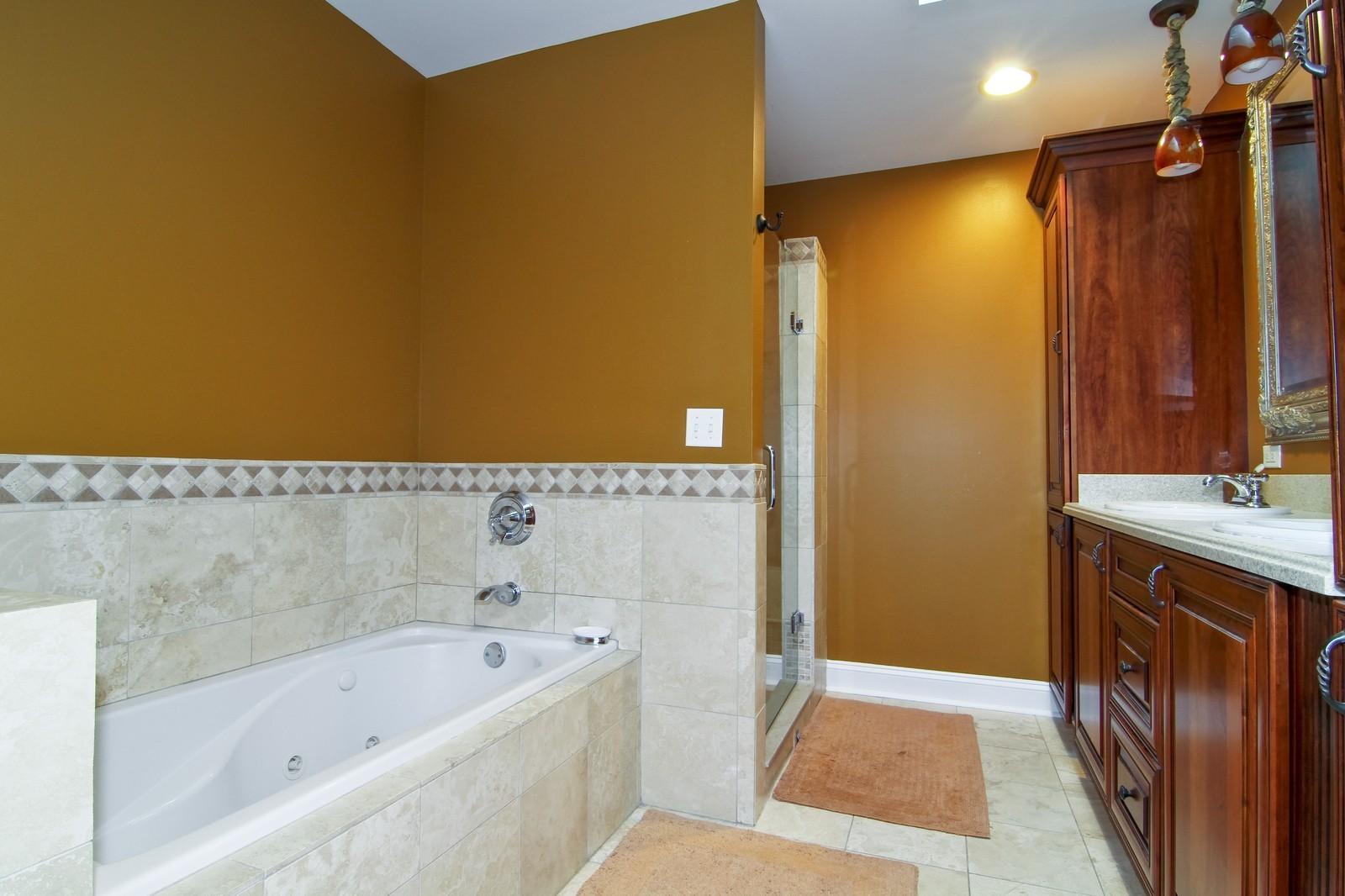 Real Estate Photography - 441 Edgewood Dr, La Grange, IL, 60525 - Master Bathroom