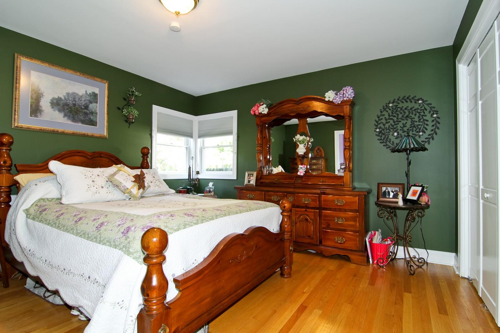 Real Estate Photography - 441 Edgewood Dr, La Grange, IL, 60525 - Bedroom