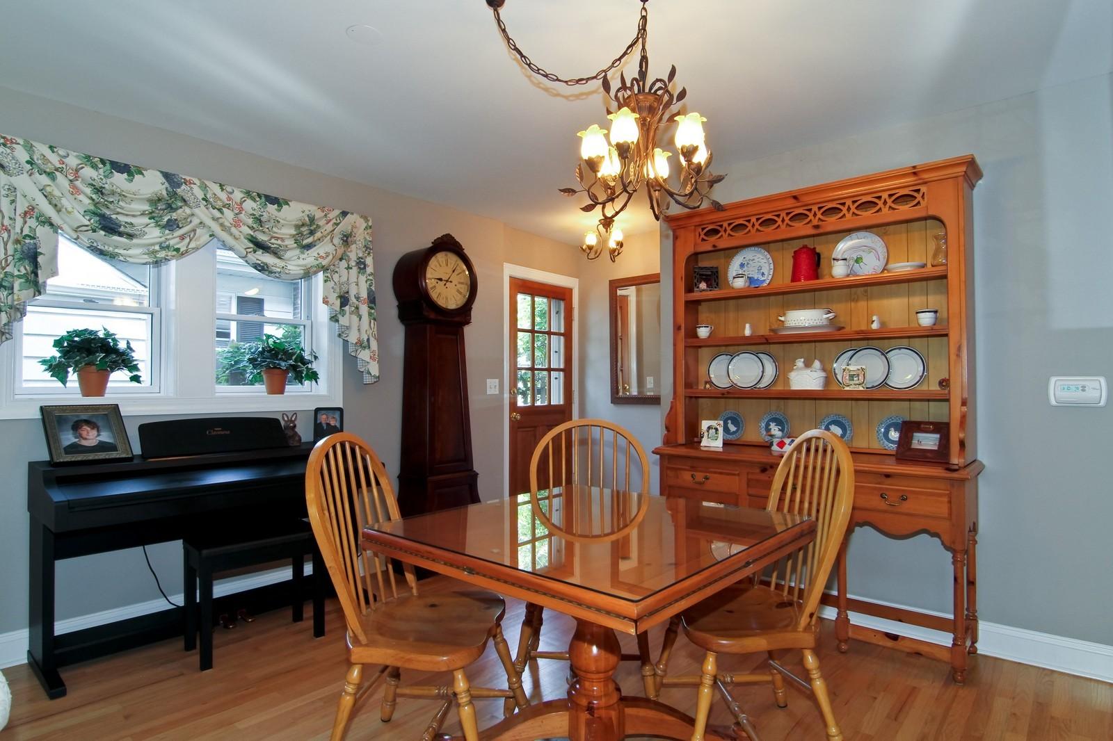 Real Estate Photography - 441 Edgewood Dr, La Grange, IL, 60525 - Dining Room