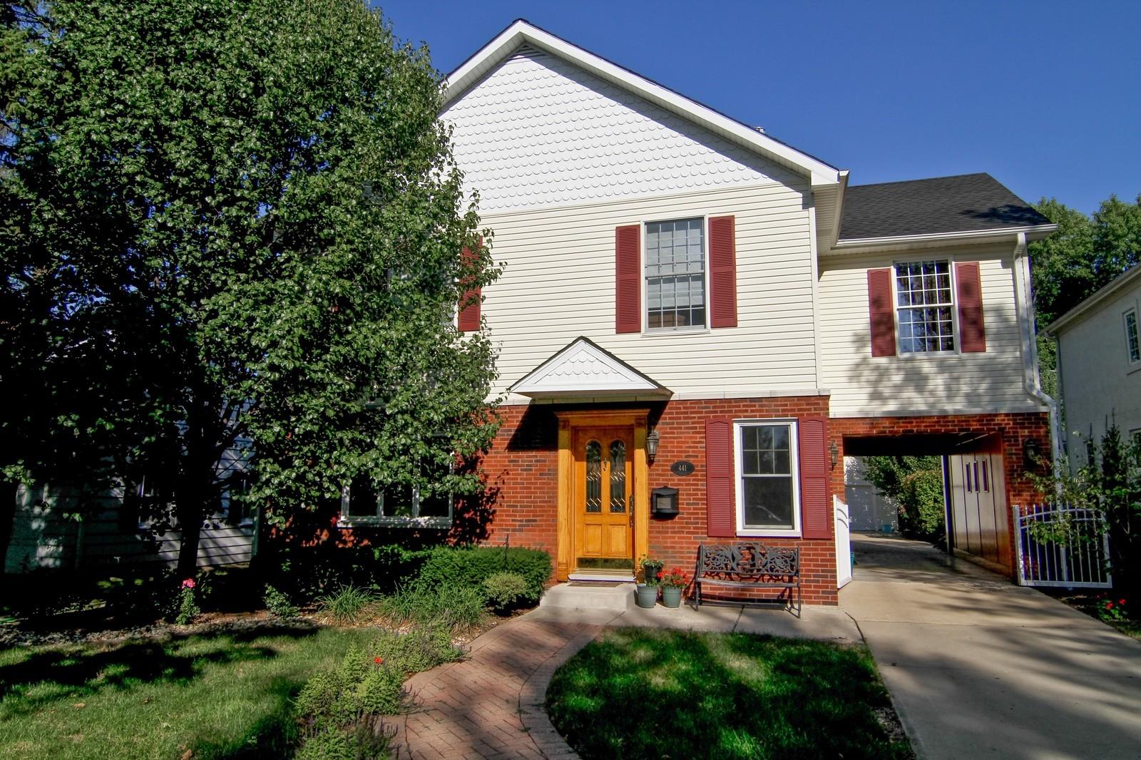 Real Estate Photography - 441 Edgewood Dr, La Grange, IL, 60525 - Front View