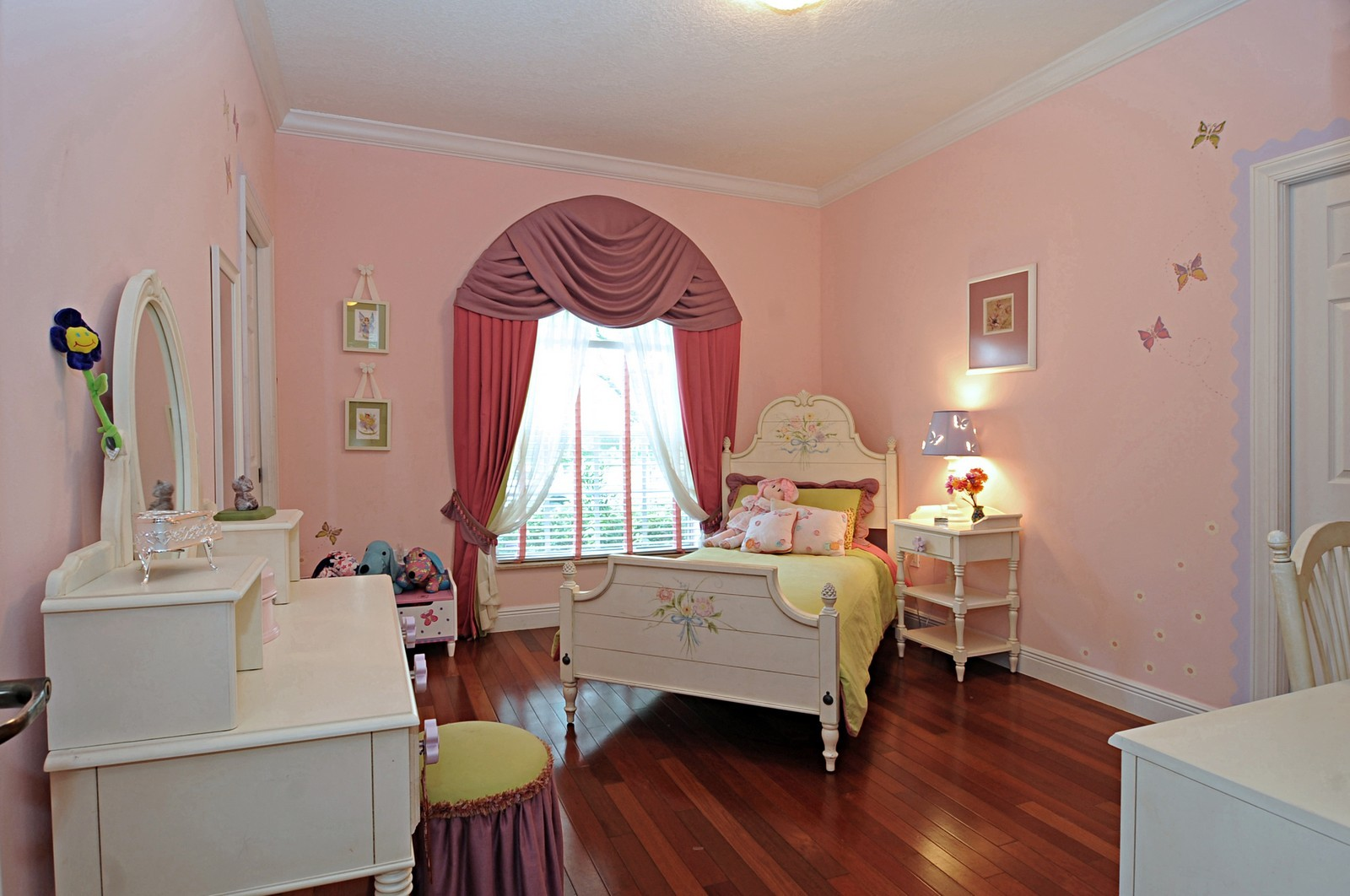 Real Estate Photography - 9564 SW 123rd, Miami, FL, 33176 - Kids Bedroom