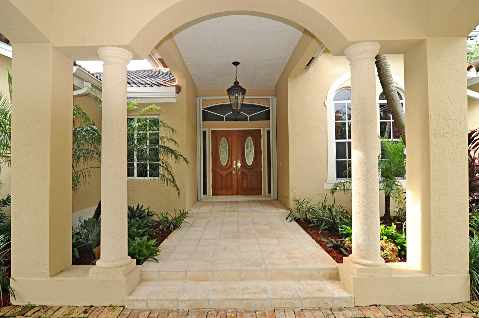 Real Estate Photography - 9564 SW 123rd, Miami, FL, 33176 - Entryway