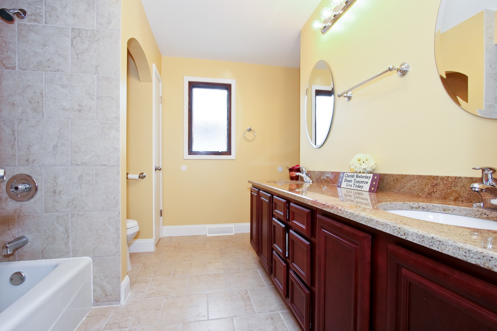 Real Estate Photography - 2728 W 91st St, Evergreen Park, IL, 60805 - Bathroom