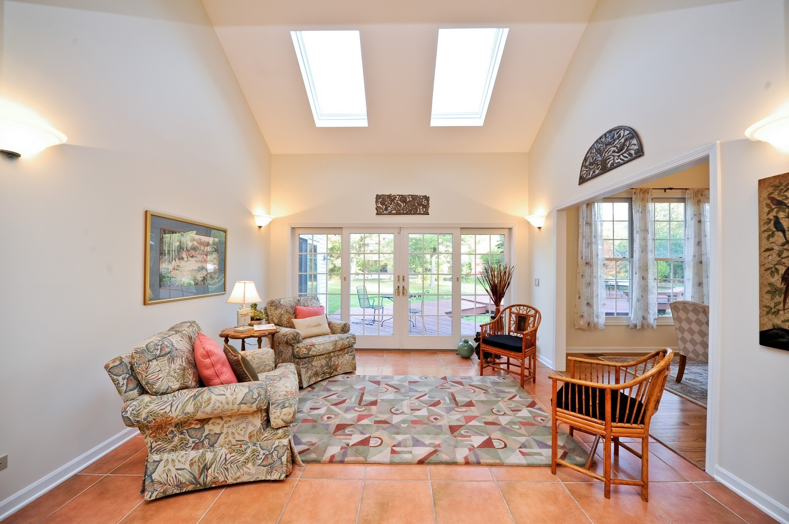 Real Estate Photography - 22575 N Riverwoods Rd, Lincolnshire, IL, 60069 - Sun Room