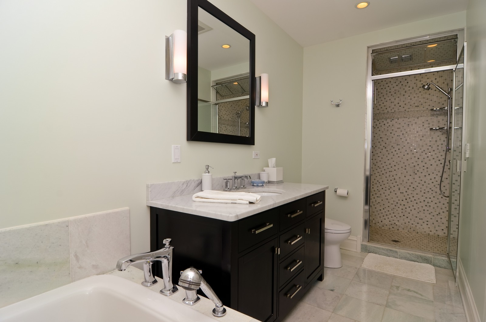 Real Estate Photography - 4332 N Keeler, Chicago, IL, 60641 - Master Bathroom