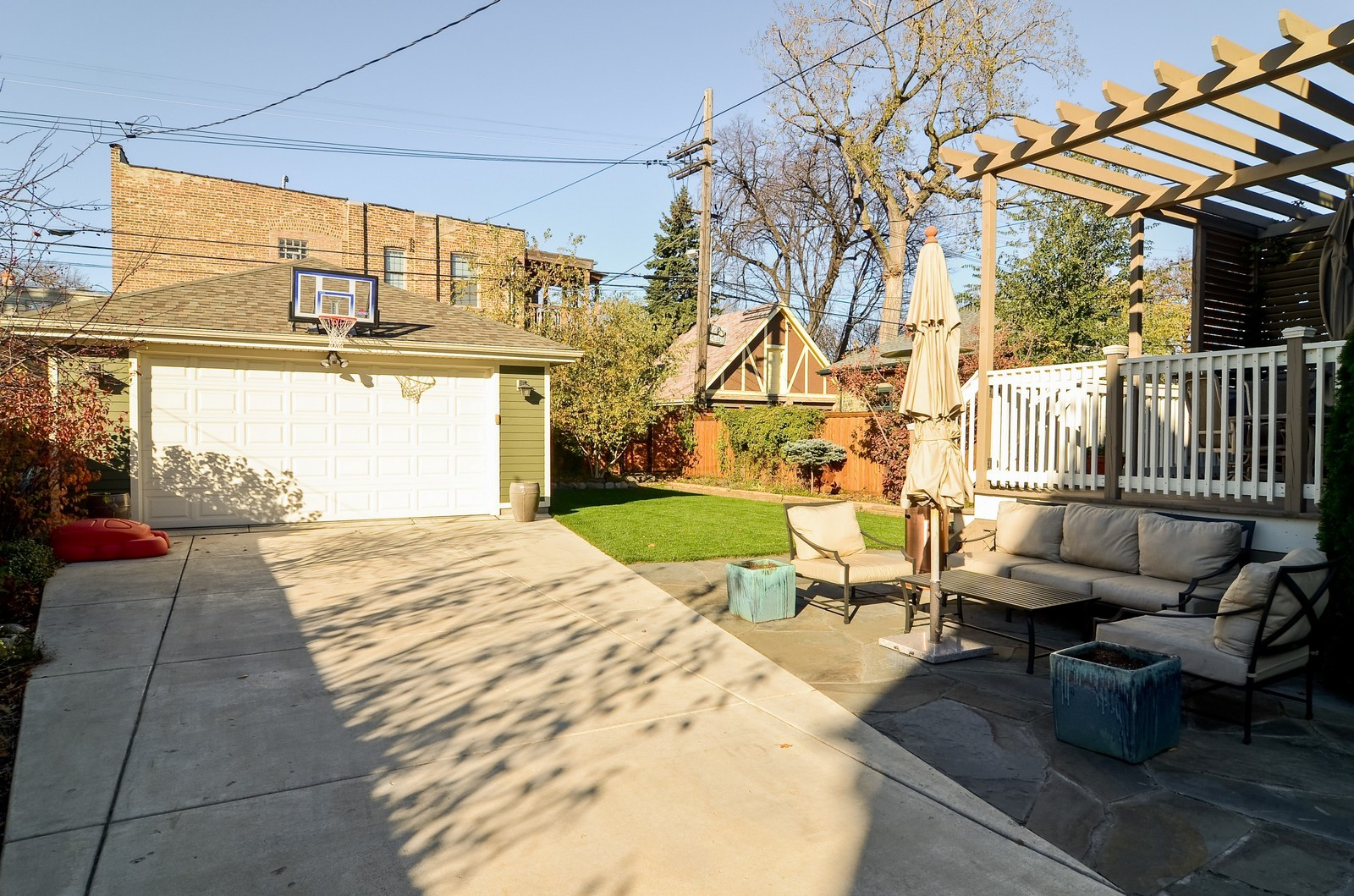 Real Estate Photography - 4332 N Keeler, Chicago, IL, 60641 - Garage