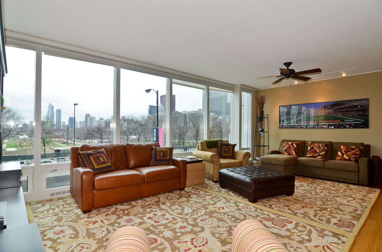 Real Estate Photography - 340 East Randolph, Unit 205, Chicago, IL, 60601 - Living Room