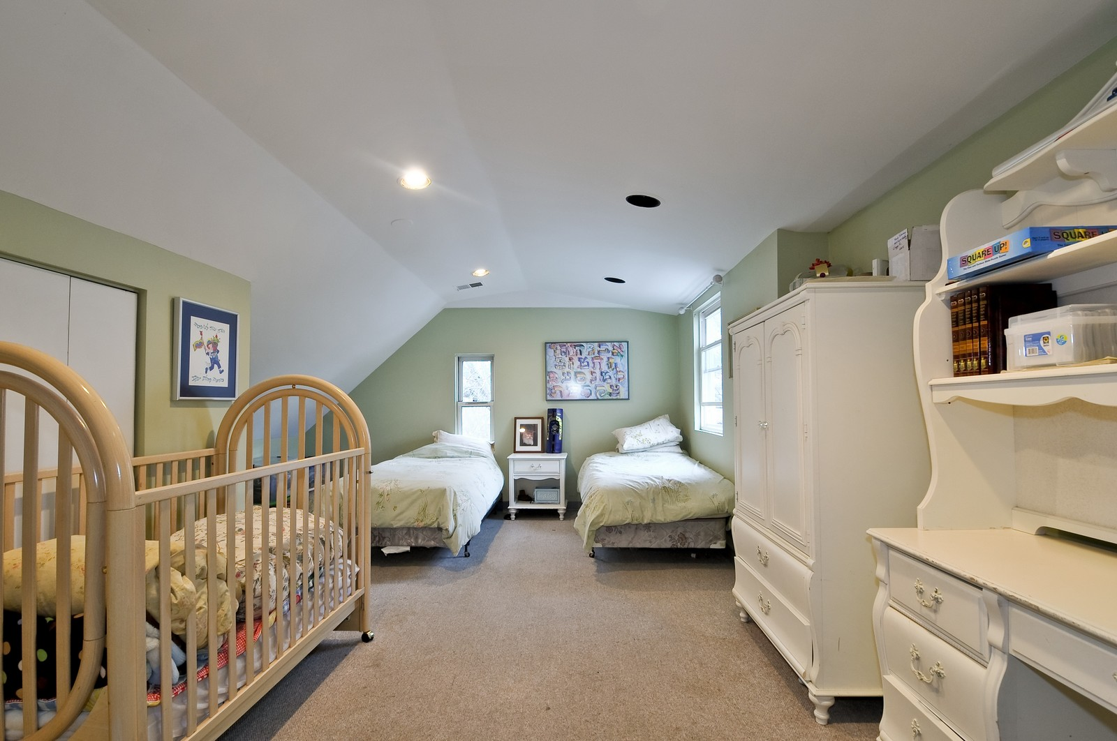 Real Estate Photography - 6605 N Whipple St, Chicago, IL, 60645 - Master Bedroom