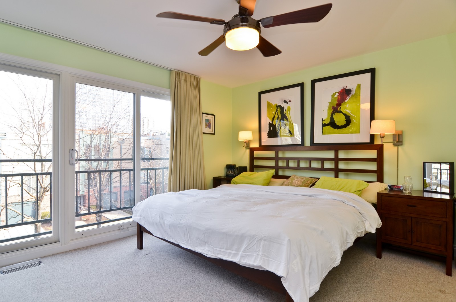 Real Estate Photography - 1347 S Clark, Chicago, IL, 60605 - Master Bedroom