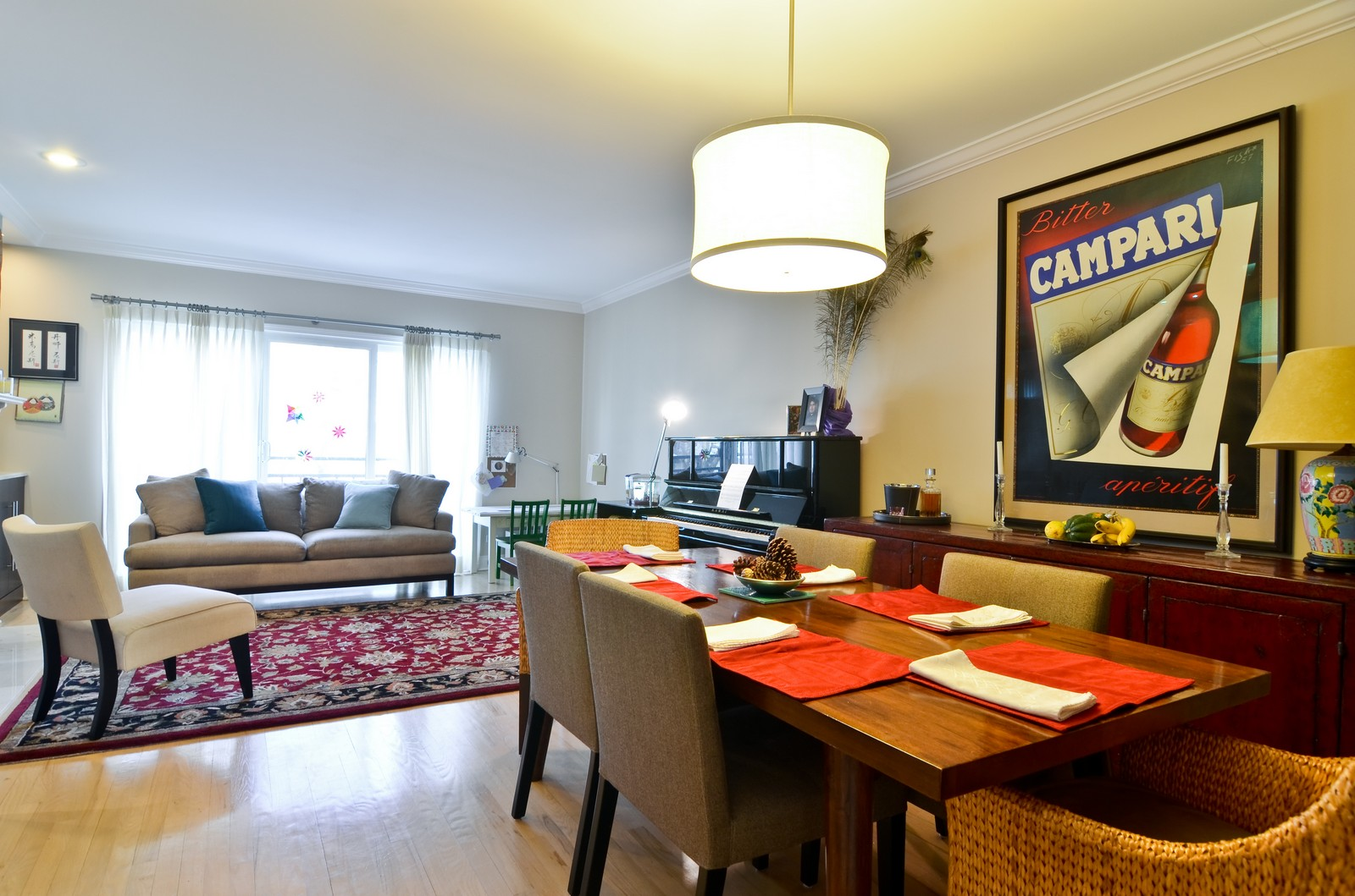 Real Estate Photography - 1347 S Clark, Chicago, IL, 60605 - Living Room / Dining Room
