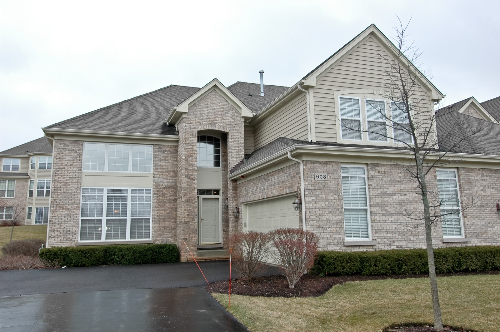 Real Estate Photography - 608 Stone Canyon Circle, Inverness, IL, 60010 - Front View
