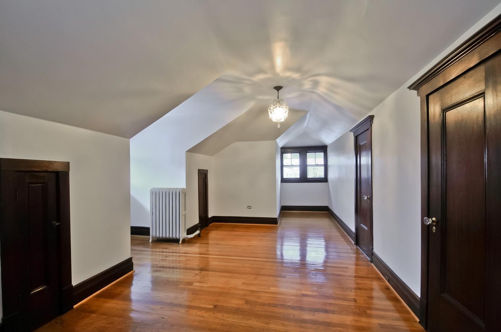 Real Estate Photography - 2226 W Pratt, Chicago, IL, 60645 - Location 1