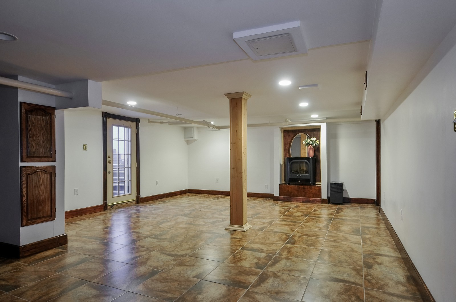 Real Estate Photography - 2226 W Pratt, Chicago, IL, 60645 - Basement
