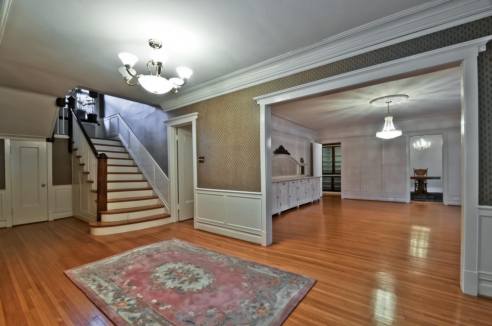 Real Estate Photography - 2226 W Pratt, Chicago, IL, 60645 - Foyer
