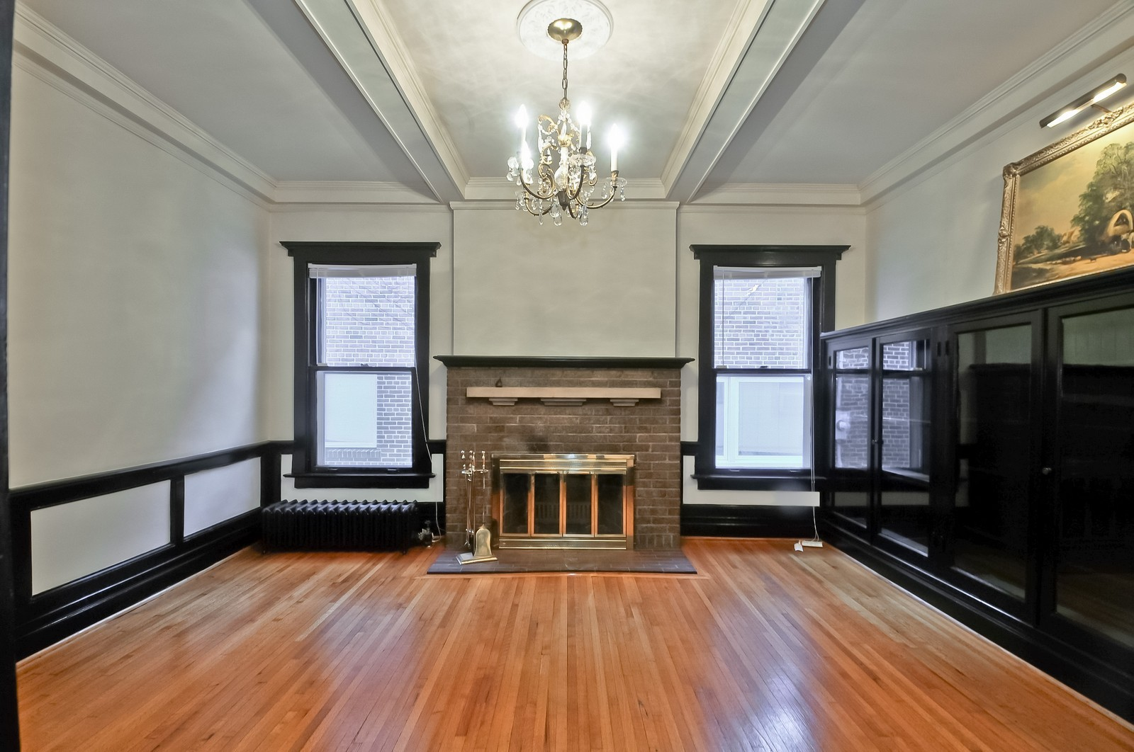 Real Estate Photography - 2226 W Pratt, Chicago, IL, 60645 - Library