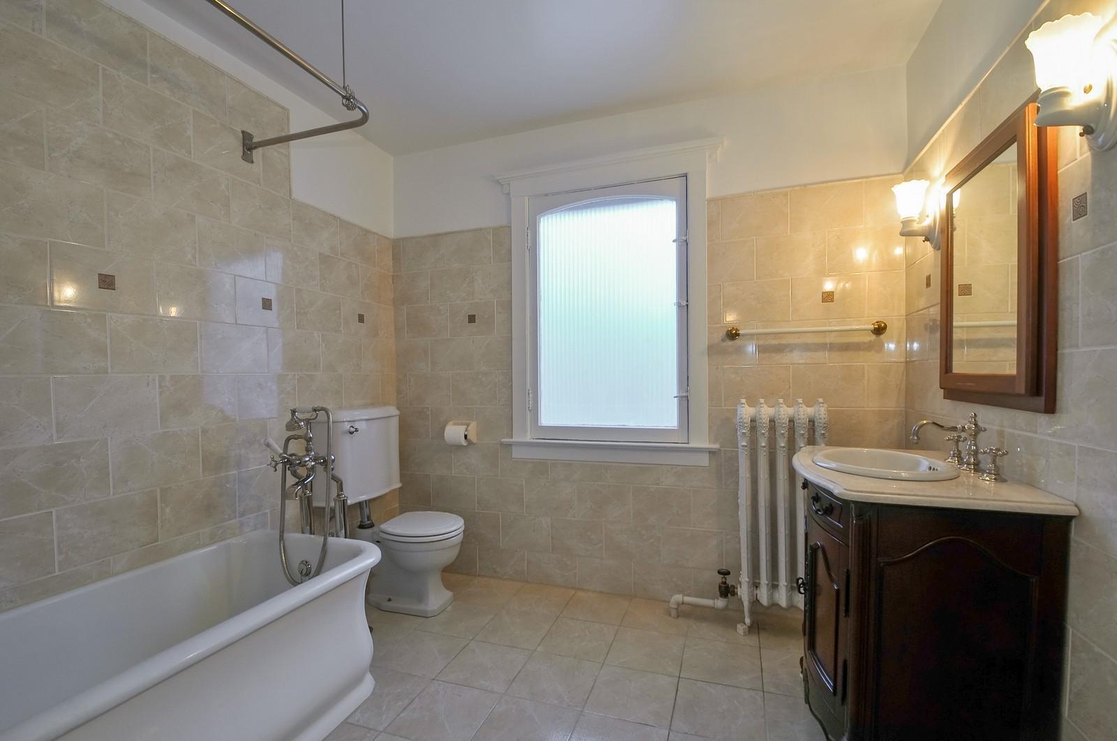 Real Estate Photography - 2226 W Pratt, Chicago, IL, 60645 - Bathroom