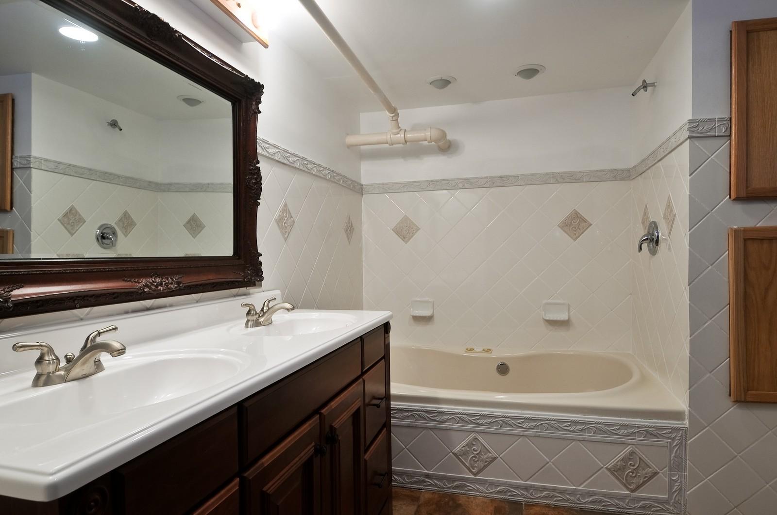 Real Estate Photography - 2226 W Pratt, Chicago, IL, 60645 - 2nd Bathroom