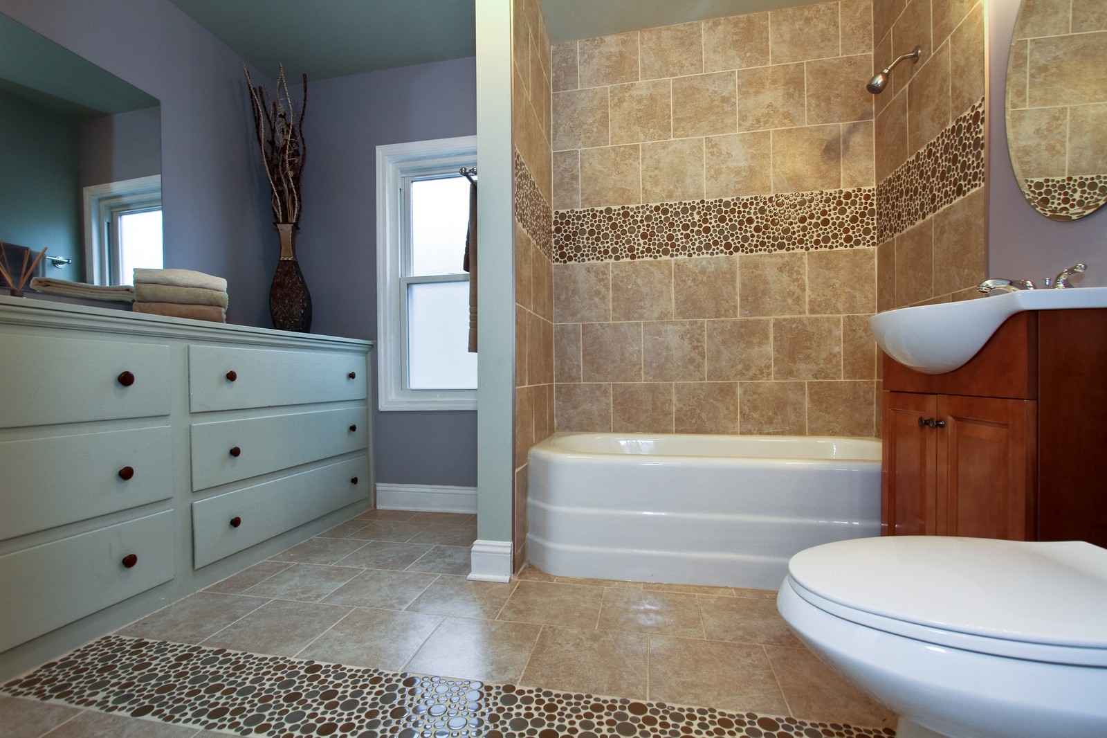 Real Estate Photography - 11838 S Wallace, Chicago, IL, 60628 - Master Bathroom
