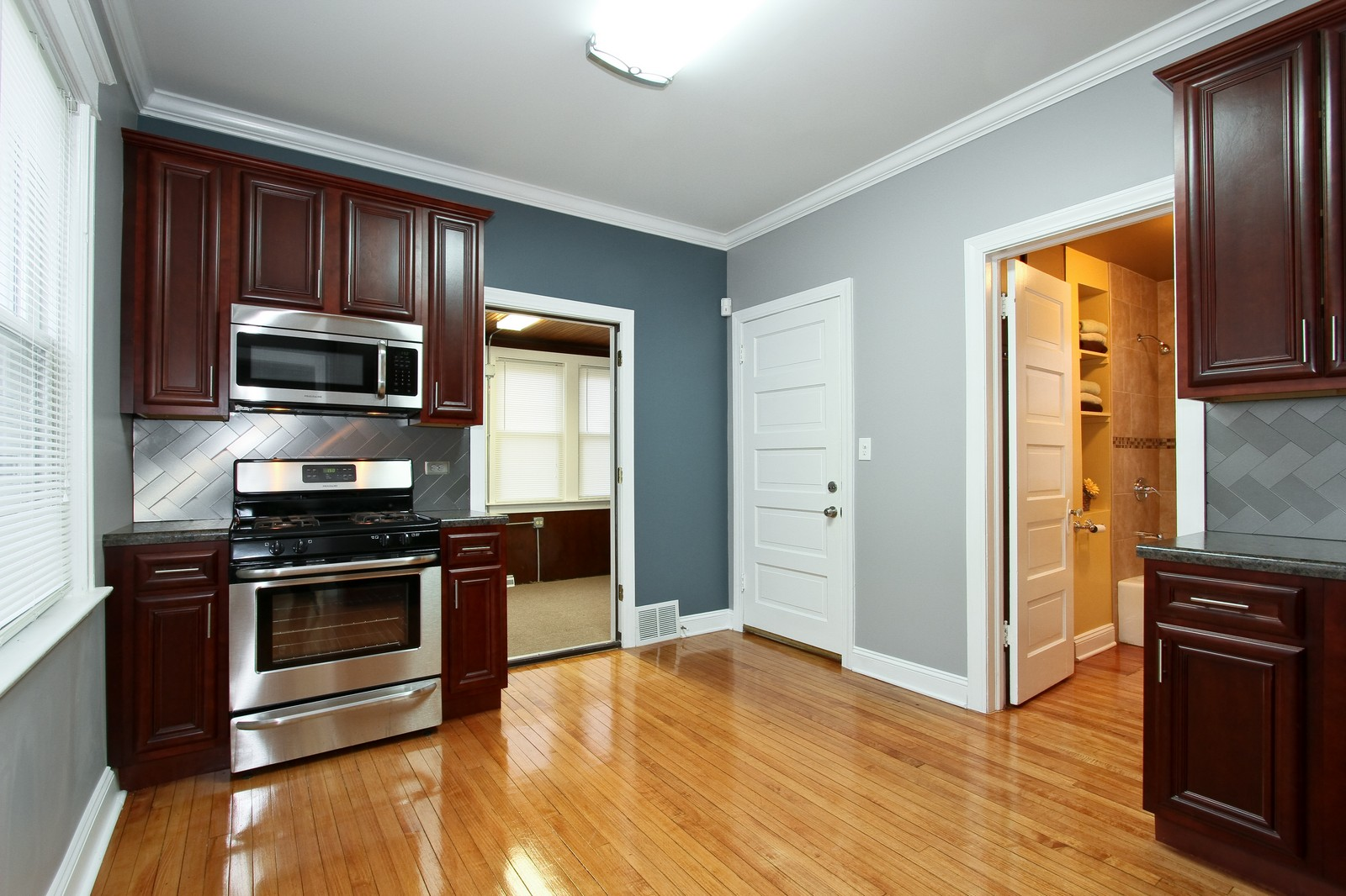 Real Estate Photography - 11838 S Wallace, Chicago, IL, 60628 - Kitchen