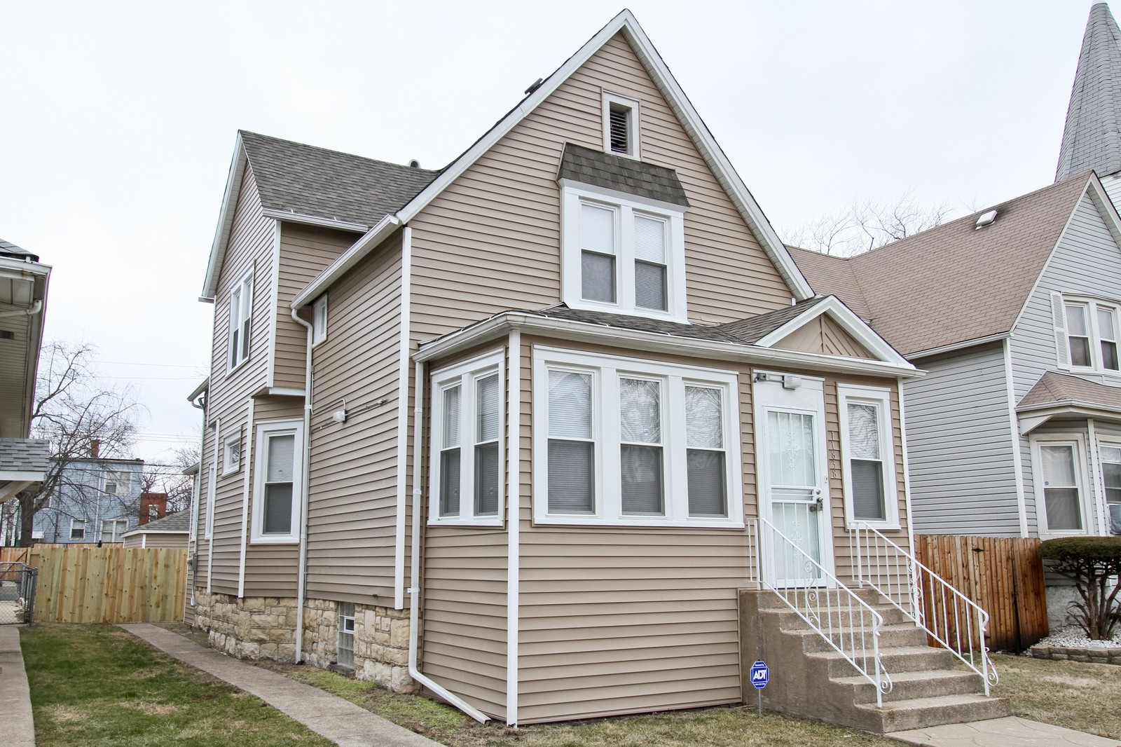 Real Estate Photography - 11838 S Wallace, Chicago, IL, 60628 - Front View