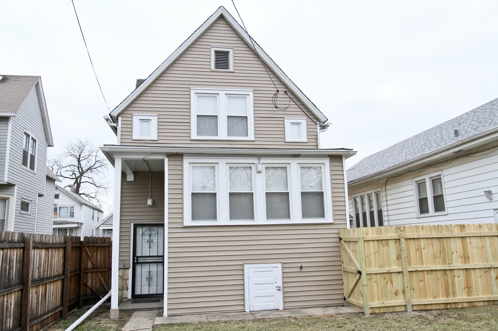 Real Estate Photography - 11838 S Wallace, Chicago, IL, 60628 - Rear View