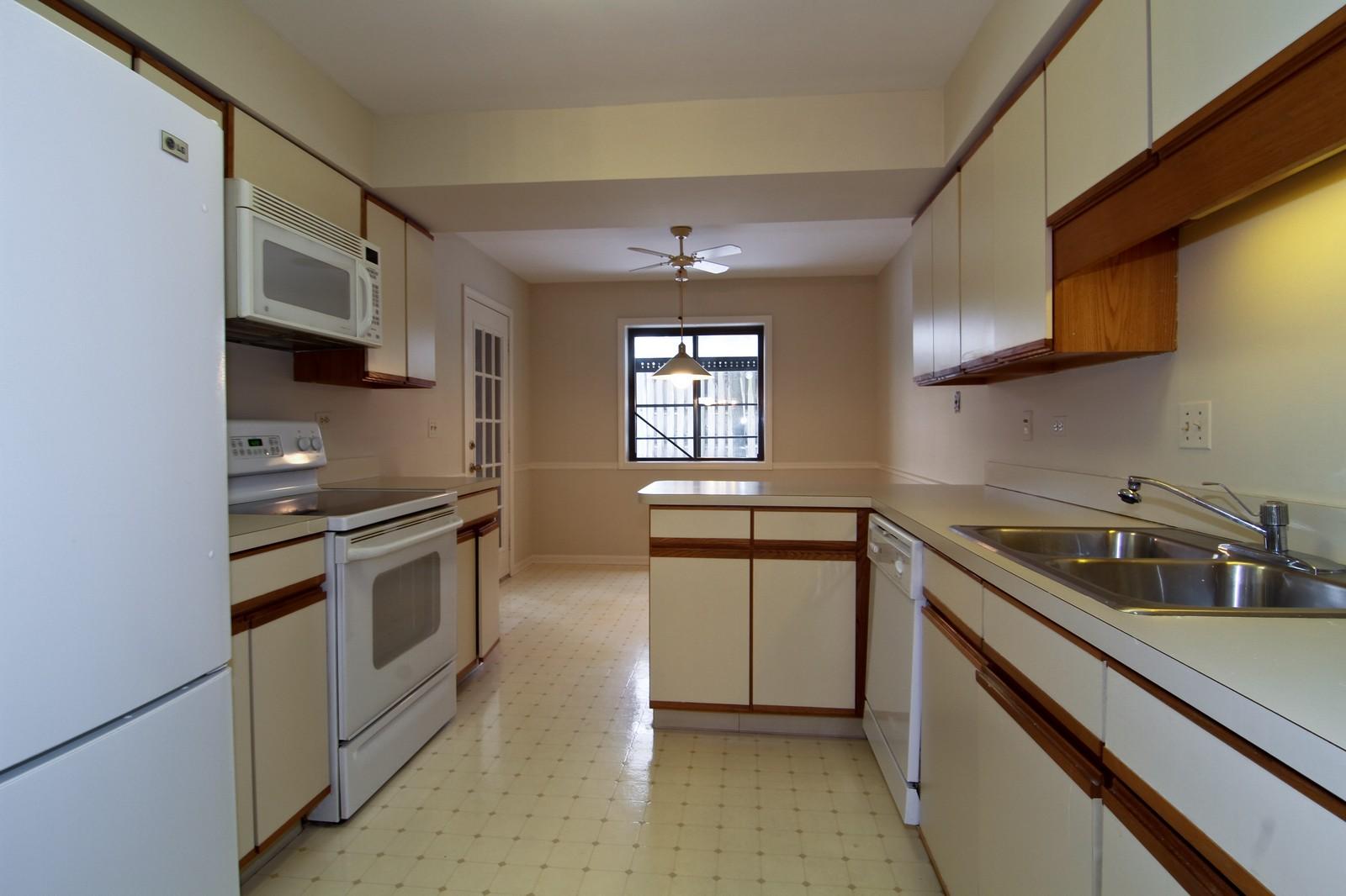 Real Estate Photography - 524 Banyon, Unit A, La Grange, IL, 60525 - Kitchen