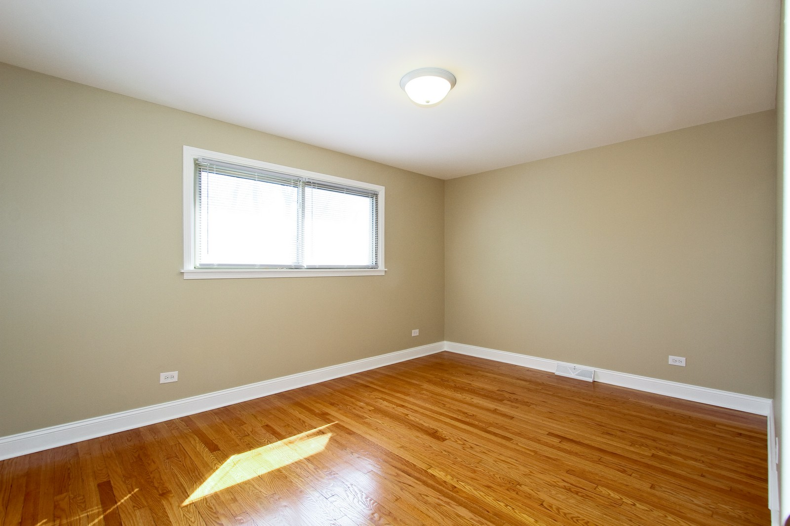Real Estate Photography - 15435 Sunset, Dolton, IL, 60419 - 2nd Bedroom