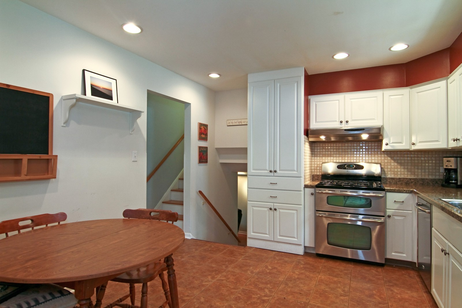 Real Estate Photography - 742 Claremont Drive, Downers Grove, IL, 60516 - Kitchen