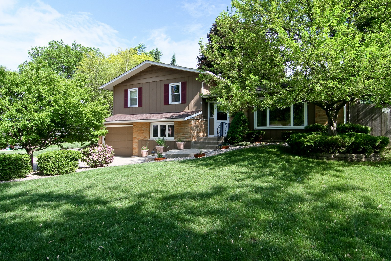 Real Estate Photography - 742 Claremont Drive, Downers Grove, IL, 60516 - Front View