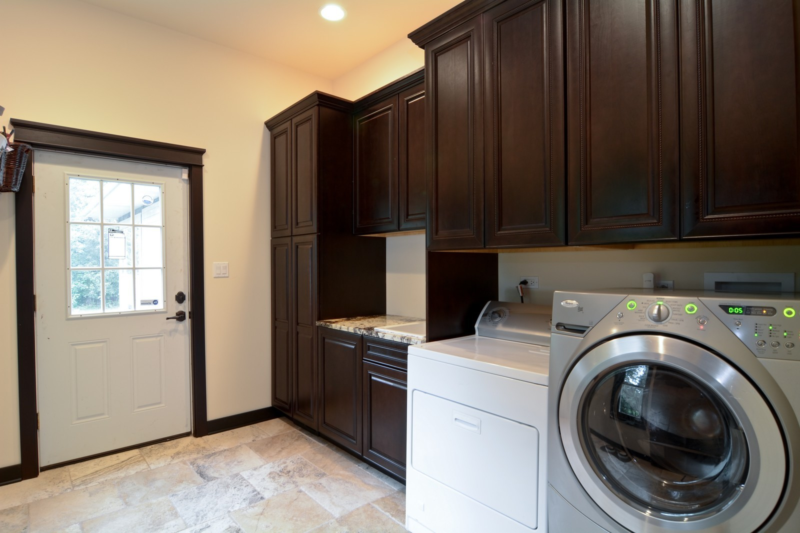 Real Estate Photography - 2S611 Arboritumn, Glen Ellyn, IL, 60137 - Laundry Room