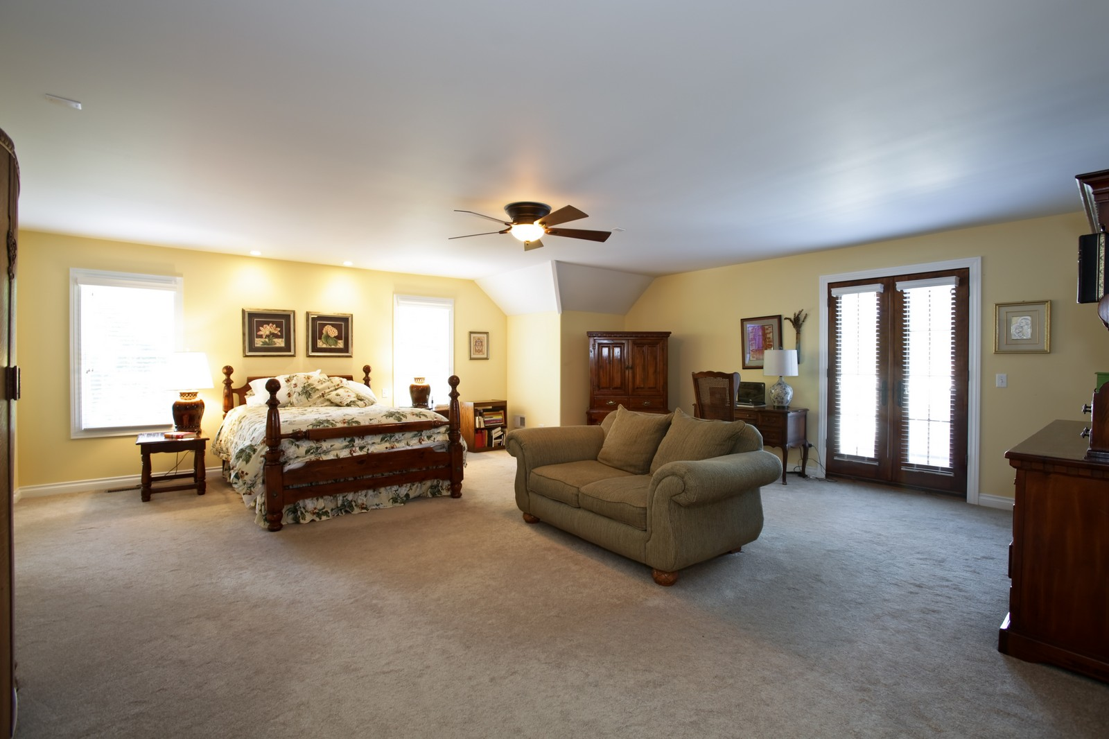 Real Estate Photography - 4740 Saratoga, Downers Grove, IL, 60515 - Master Bedroom