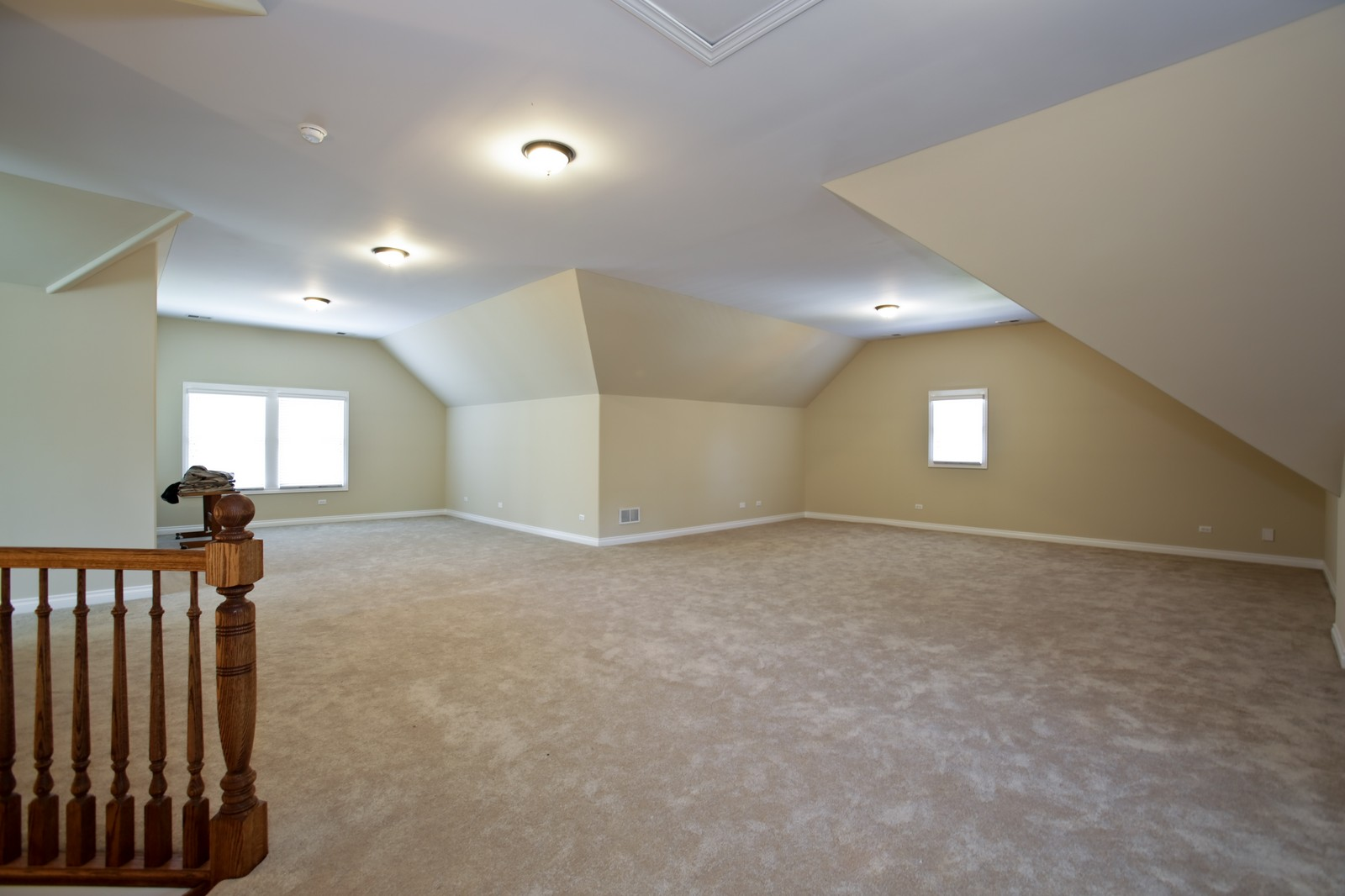 Real Estate Photography - 4740 Saratoga, Downers Grove, IL, 60515 - 3rd Floor