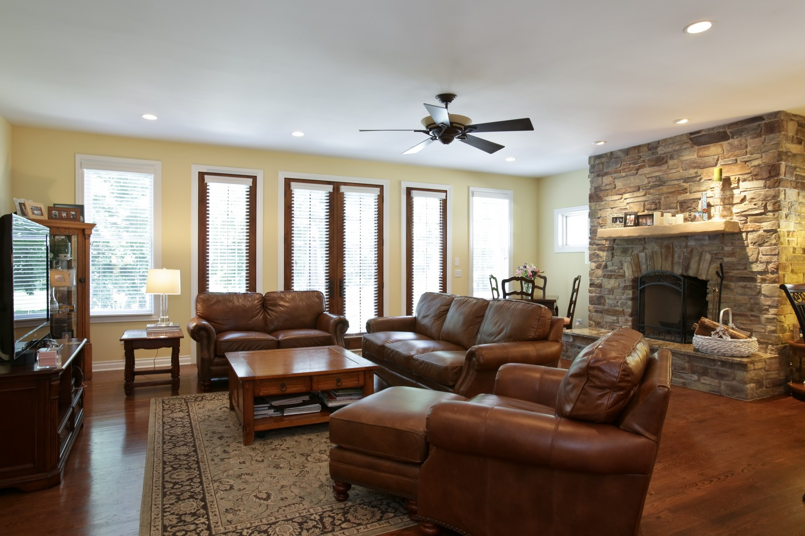 Real Estate Photography - 4740 Saratoga, Downers Grove, IL, 60515 - Family Room