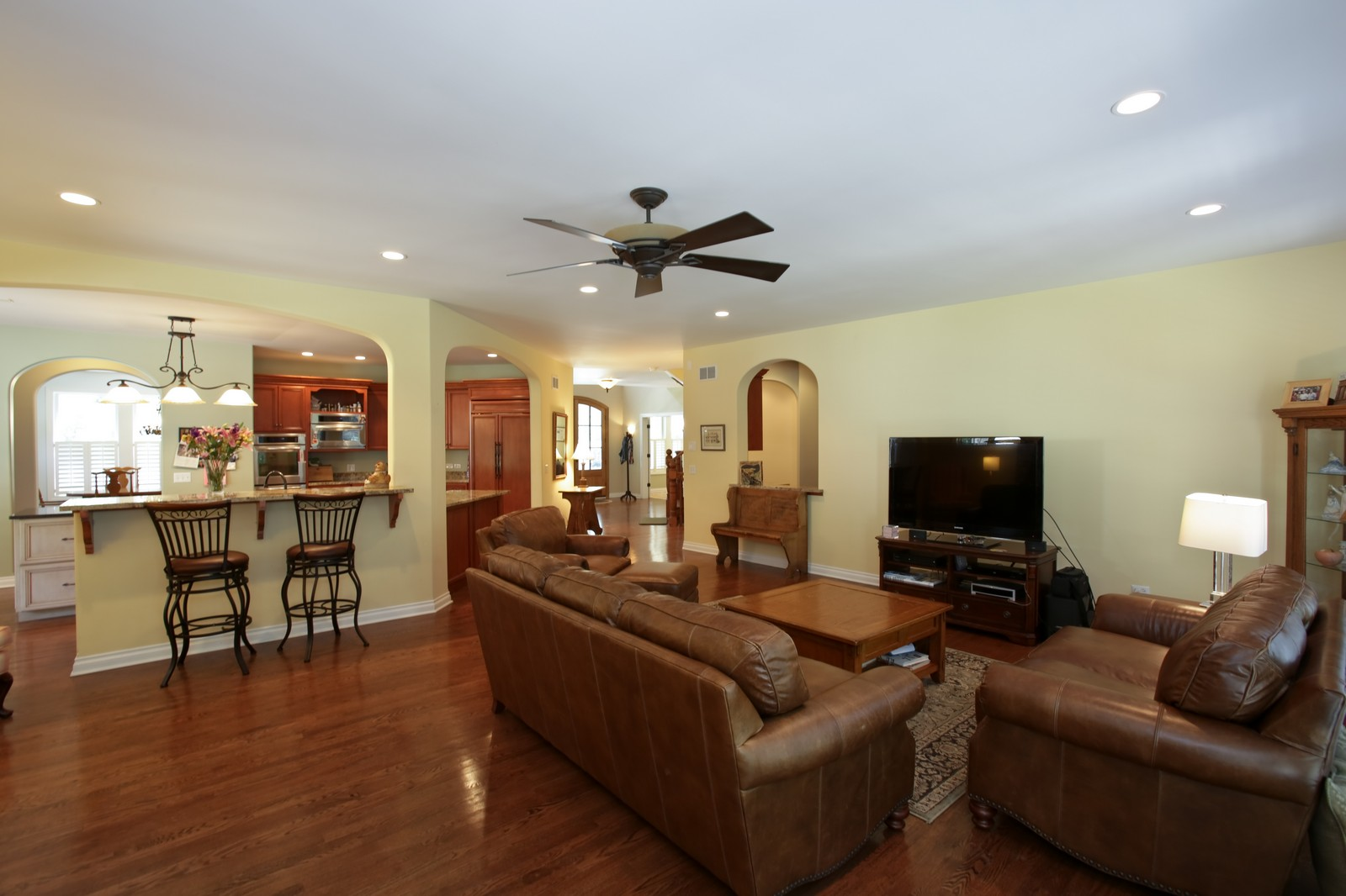 Real Estate Photography - 4740 Saratoga, Downers Grove, IL, 60515 - Family Room / Kitchen